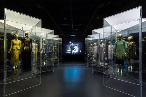 costume-institute-exhibition