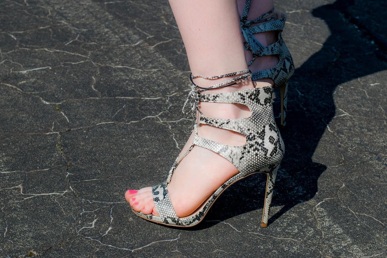 shoes-1534559_1280