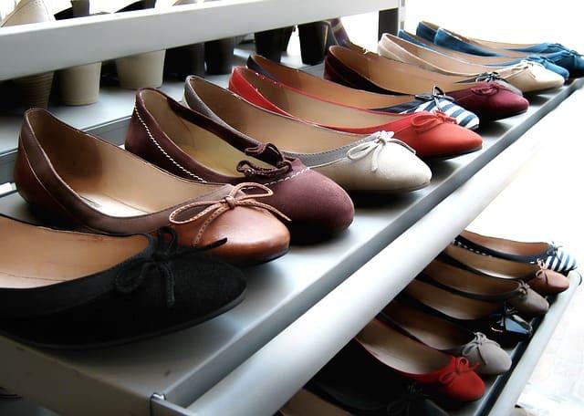 shoes-fashionable-comfy