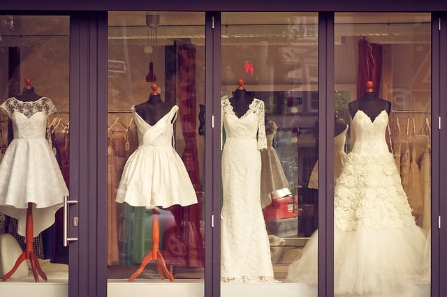 wedding dresses trends 2017