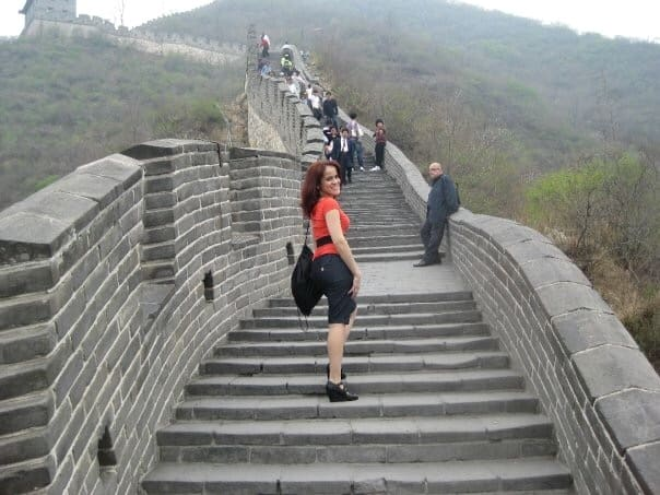 Climbing-Great-Wall-China