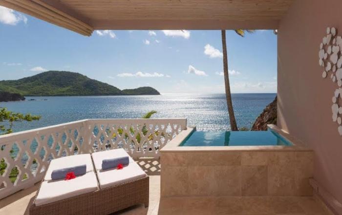 Top 6 Romantic Retreats From Around the World!