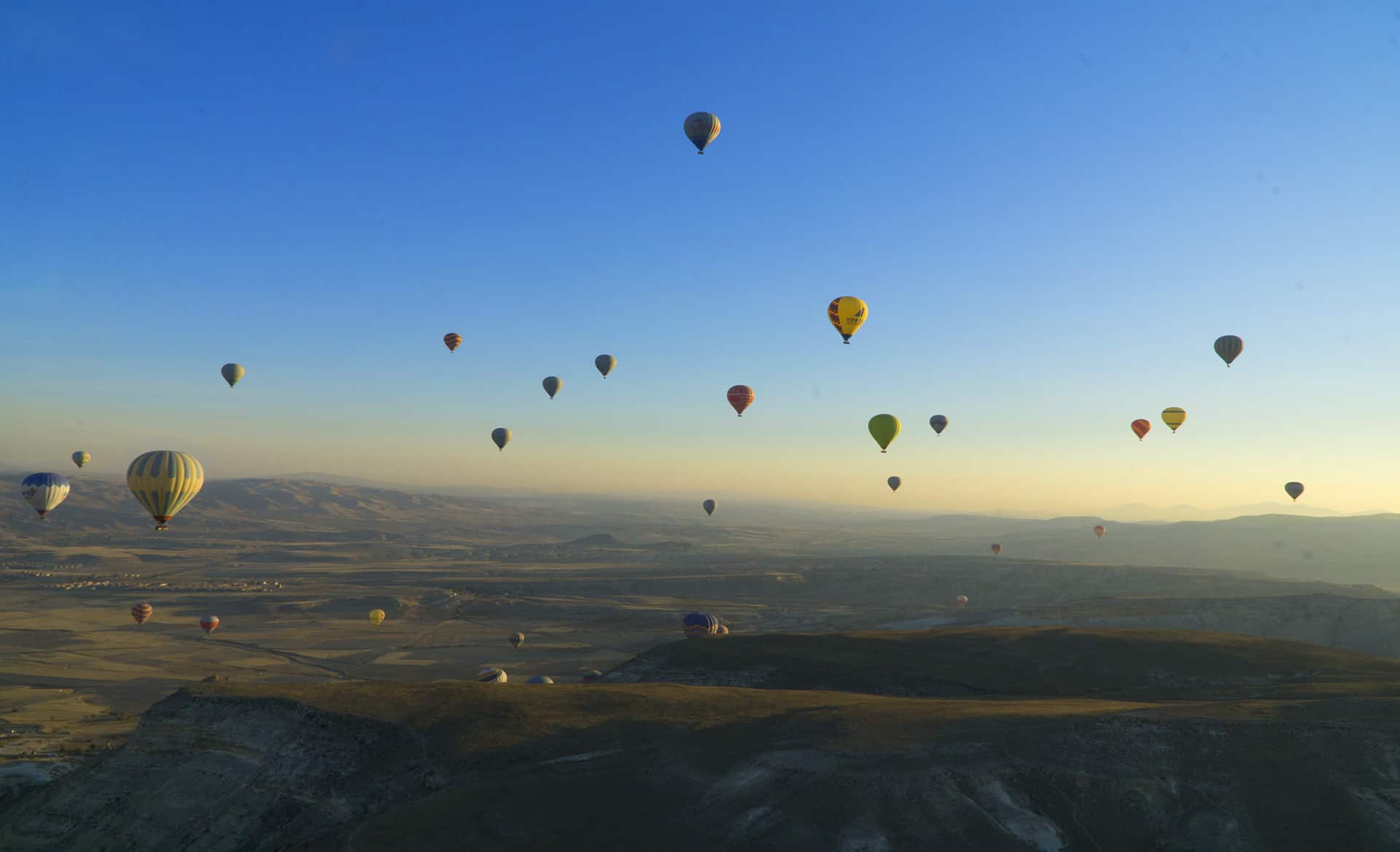 hot air ballooning in Cappadocia - Dreams in Heels - Kapadokya hot air balloon ride