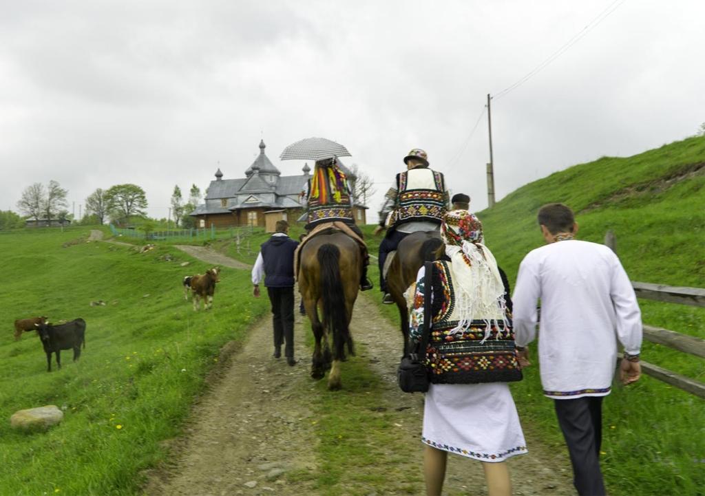hutsul wedding traditions