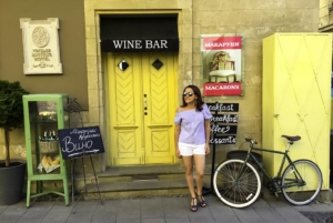 Vintage-Hotel-Wine-Bar-Dreams in Heels