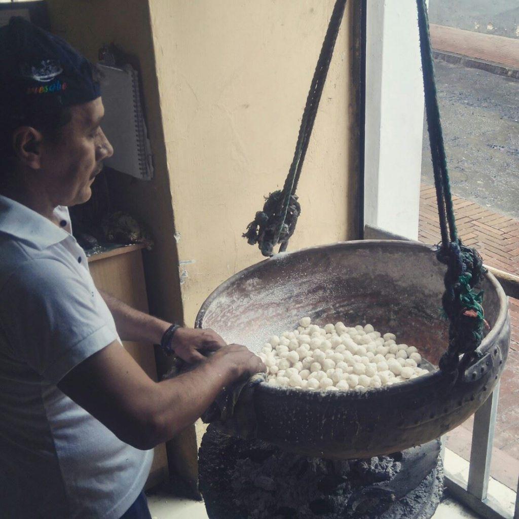 colaciones en quito ecuador