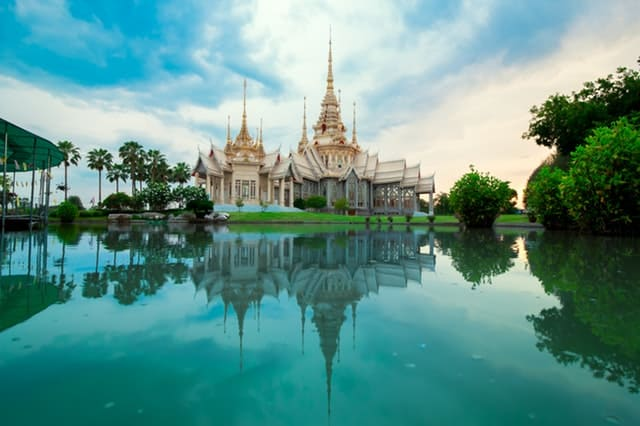 top asian destinations to try thailand
