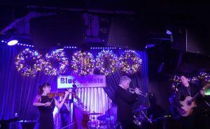 blue note in New York City with award grammy winner Chris Botti - American Trumpeter