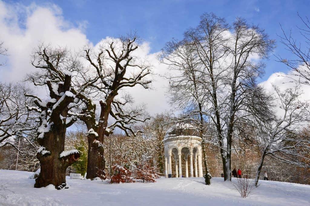 neroberg-in-wiesbaden-christmas-winter