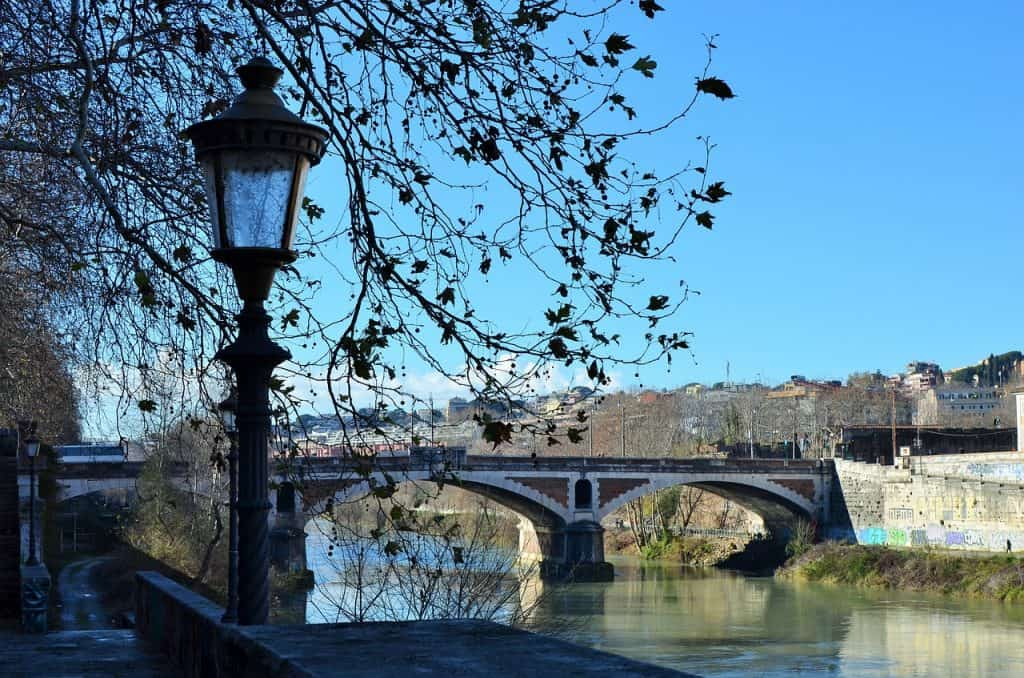 river-rome-christmas-winter-italy-travel