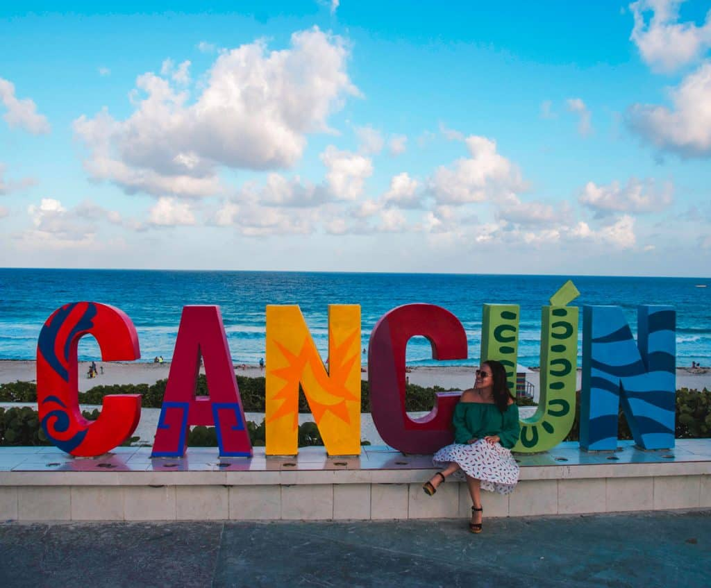 Welcome to Cancun Mexico - Dreams in Heels