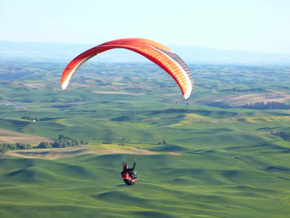 Best paragliding in the world - Top 22 spots to have a great