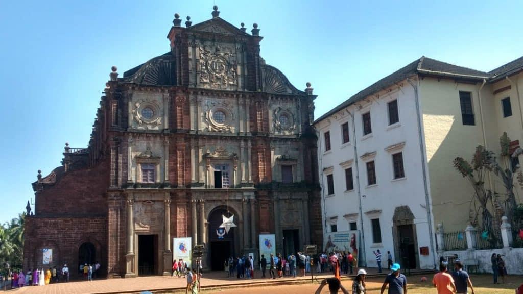 Basilica-Bom-Church-goa-india