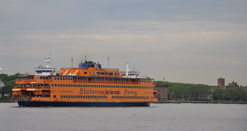 staten island ferry - free views of nyc - 24 hours in nyc