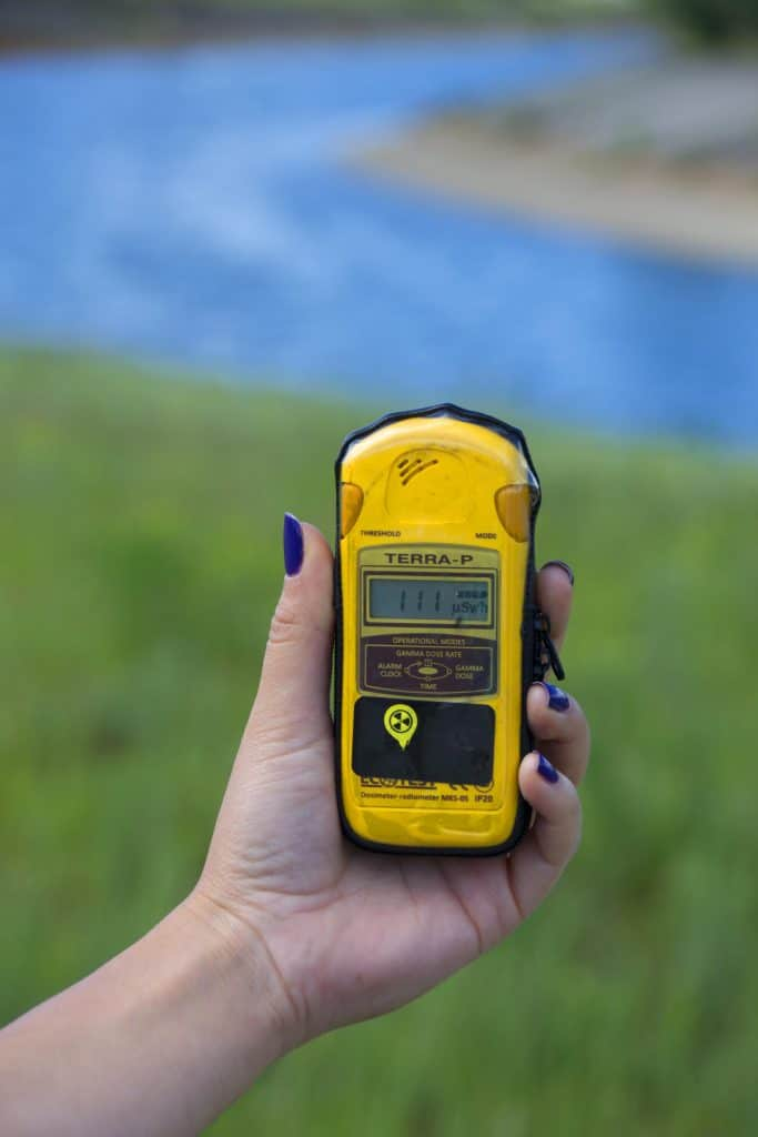 Chernobyl today geiger counter radioactive particles