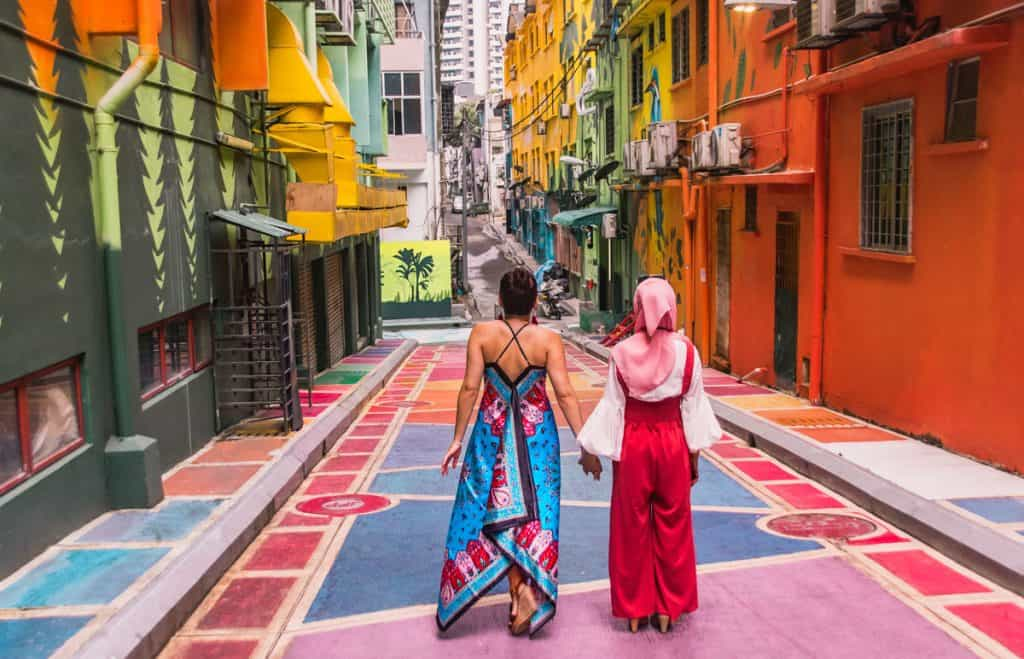 Dreams-in-Heels-exploring-the-street-art-of-Kuala-Lumpur-Malaysia-with-a-new-friend