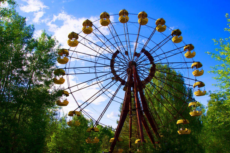 Exploring Chernobyl today - The ferris wheel in Pripyat ghost town - dreamsinheels