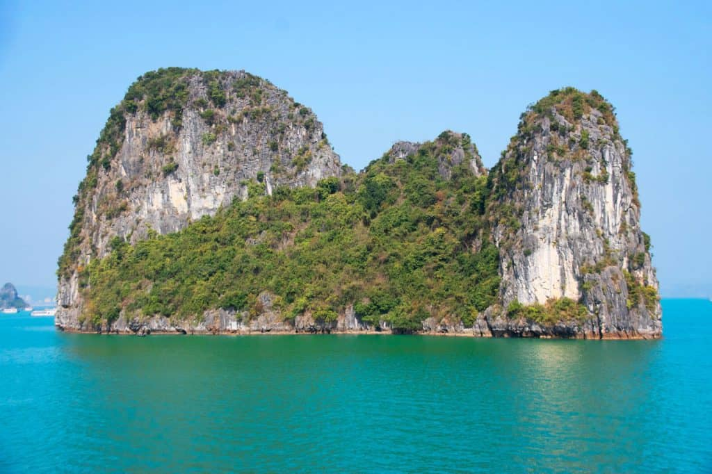 Halong Bay luxury cruise in Vietnam dreamsinheels