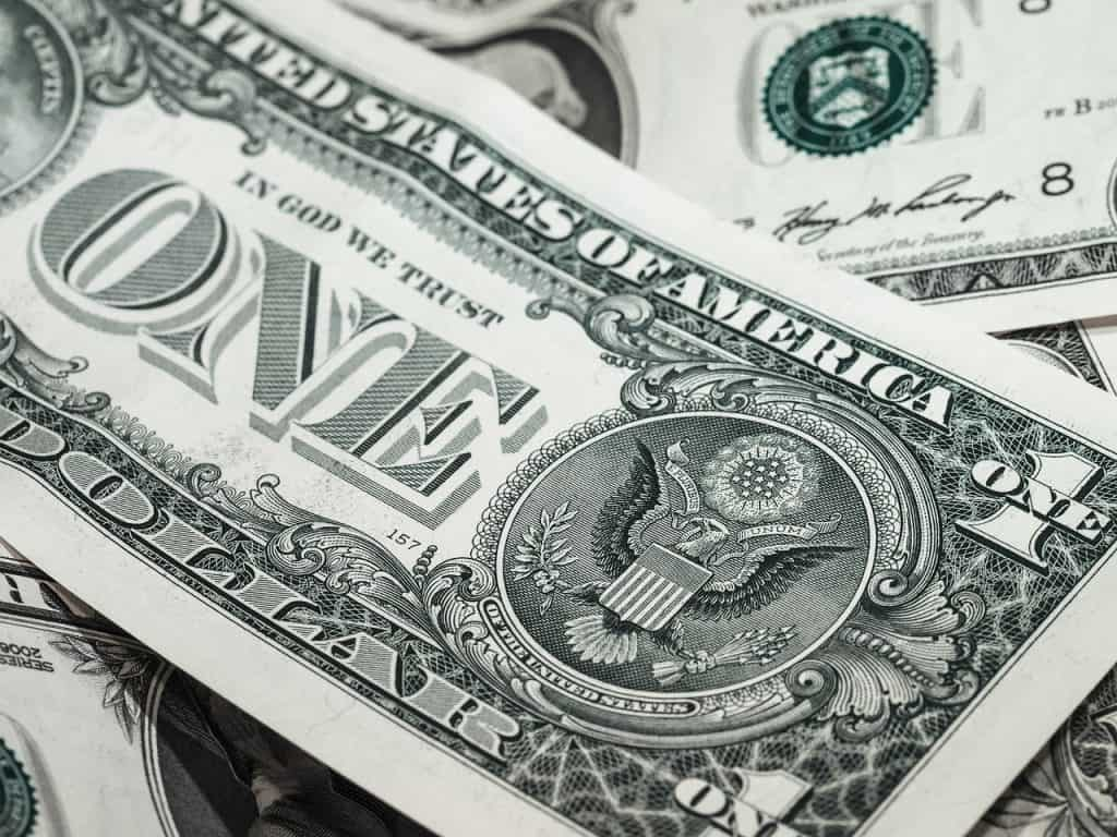 american-dollars-usd