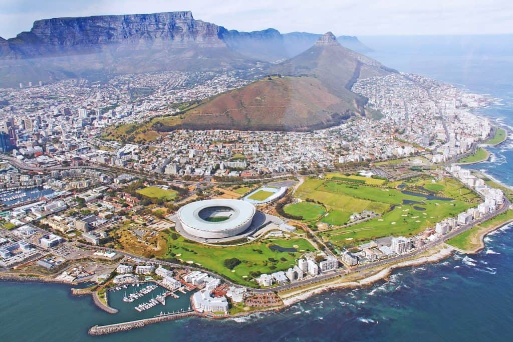 helicopter-ride-over-cape-town-5-days-itinerary