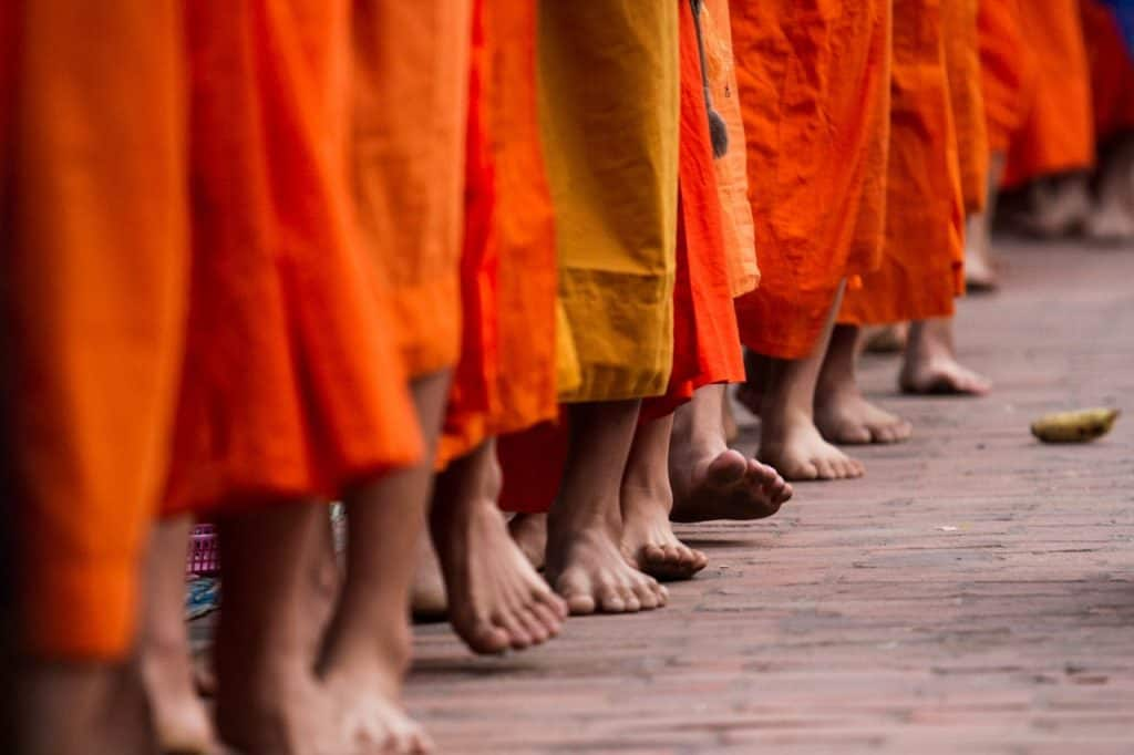 laos-travel-guide-explore-laos-highlights