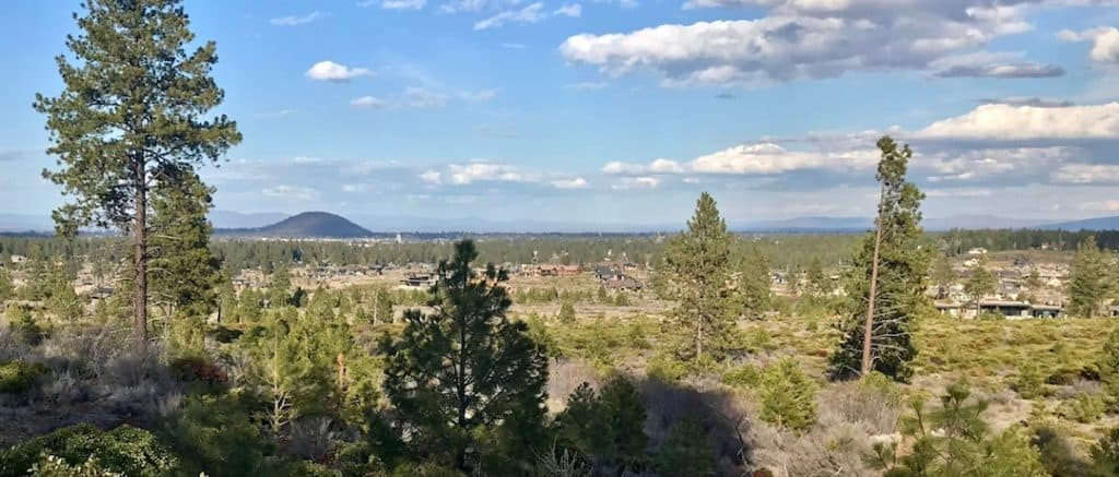 things to do in bend oregon - view of bend oregon