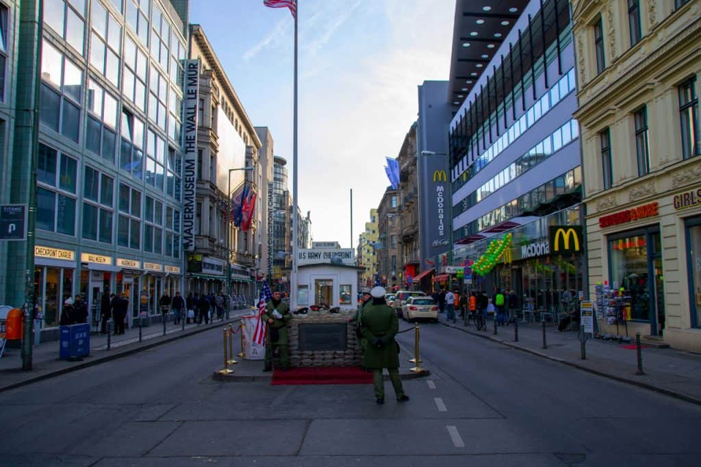 Checkpoint Charlie - Is berlin safe