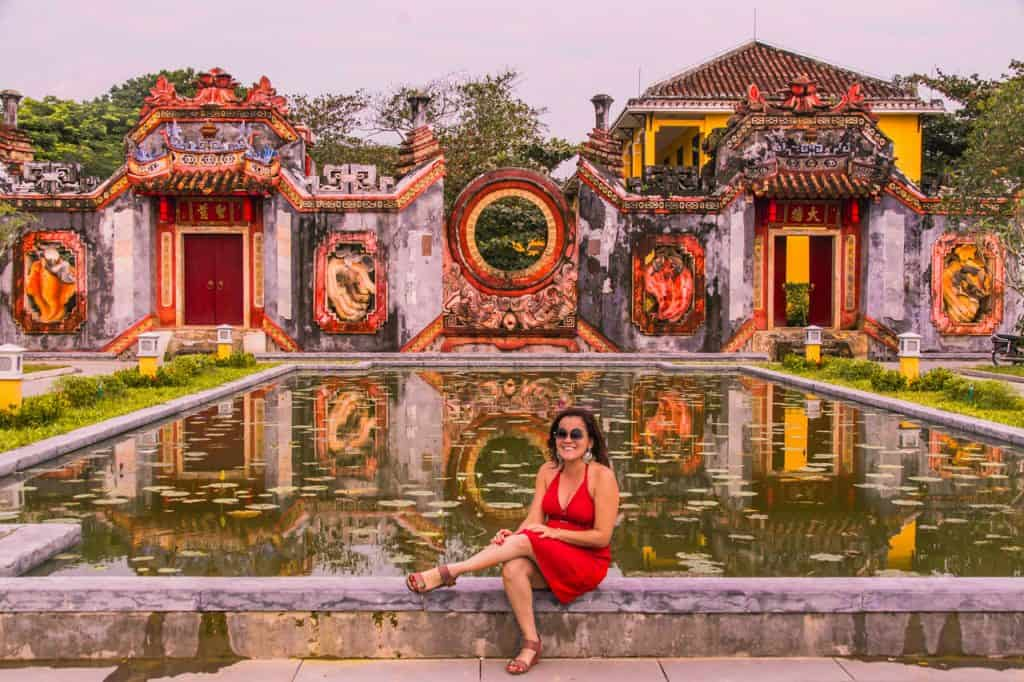 Hoi-An-Vietnam-traveling-alone