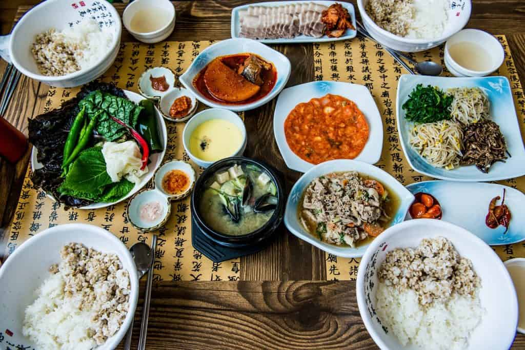 Korean food culture - 5 unique Korean food experiences you need to have in South Korea before you die