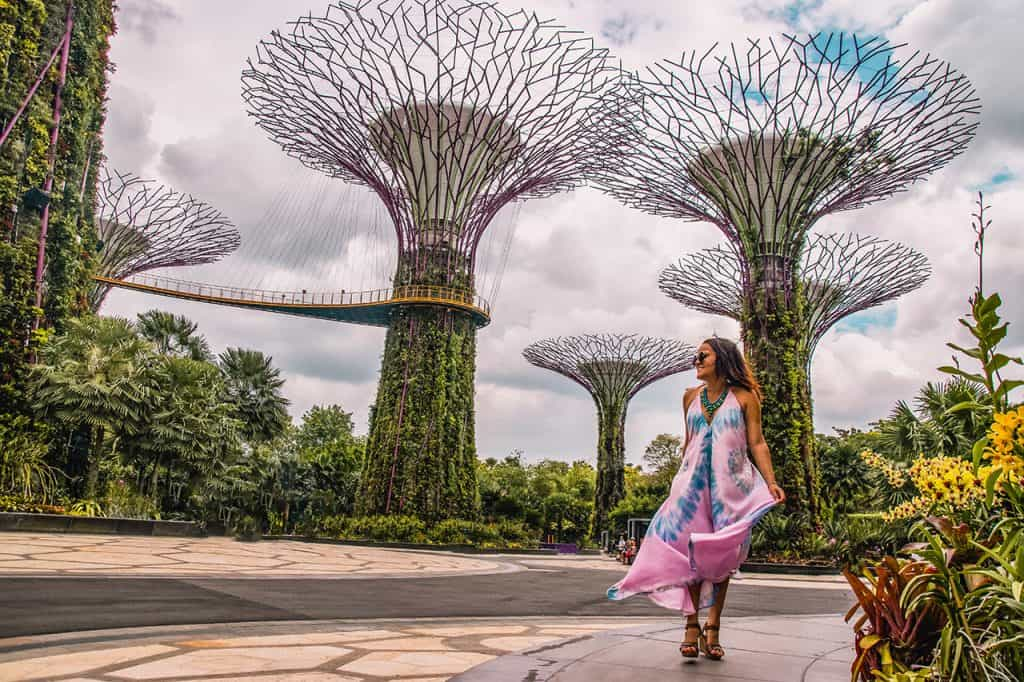 Supergrove-trees-Gardens-by-the-bay-Solo-Female-Travel-Singapore