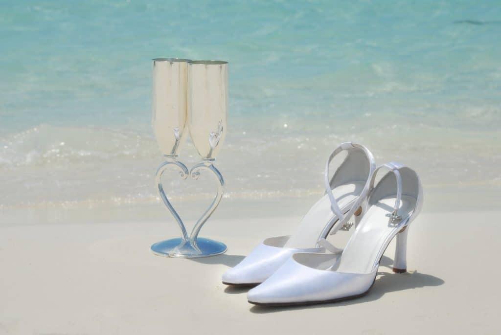 Tips for a destination wedding - checklist for organizing a destination wedding - bridal shoes