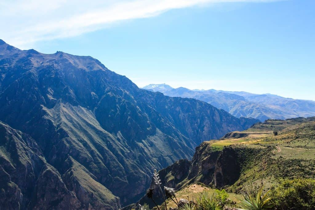 colca-canyon-2-day-tour-peru-travel-guide