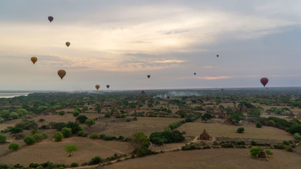 hot air balloons bagan myanmar travel