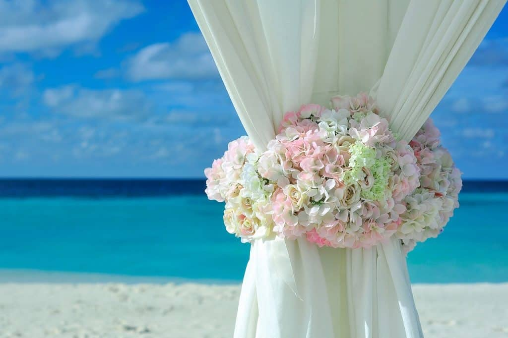 tips-for-a-destination-wedding-beach