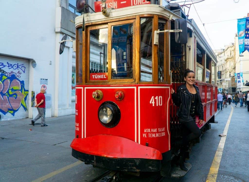 Taksim Tunel Istanbul Travel Itinerary - Dreams in heels