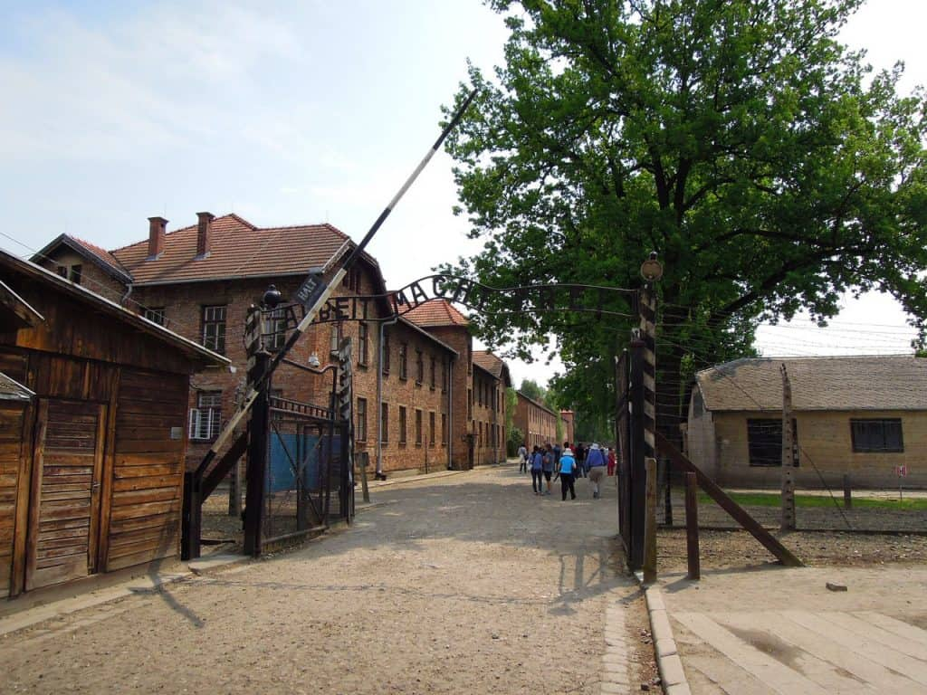 auschwitz-tours-from-krakow-poland