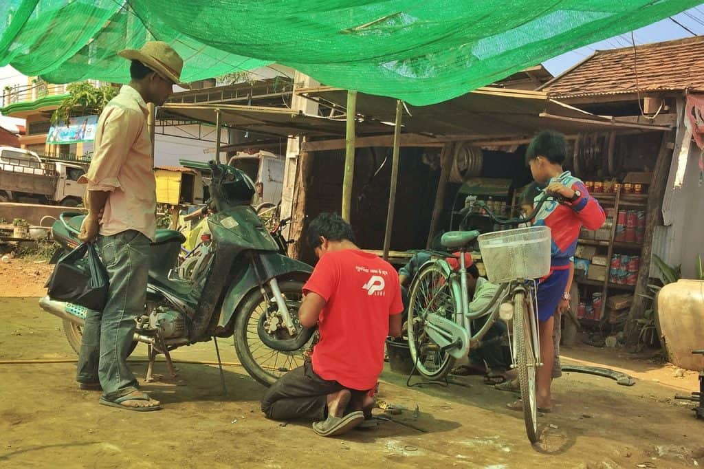 bicycle-kratie-cambodia-off-the-beaten-path