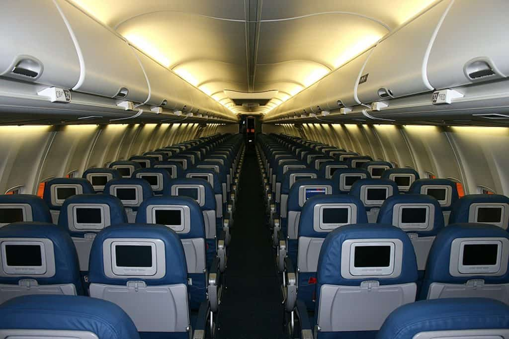 cabin-Overseas business trip - Hacks for pulling off Business Meeting after Long Haul Flight