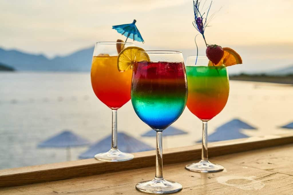 colorful-drinks-best-bachelorette-party-destinations