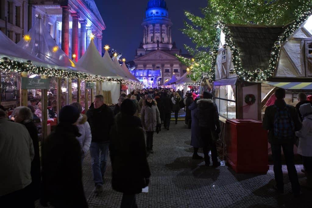 Gendarmenmarkt-Square-christmas-markets-berlin