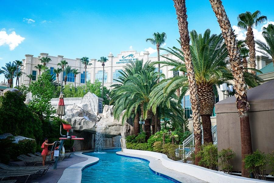 Mandalay-Bay-Pool-Las-Vegas