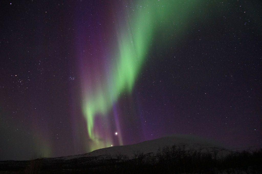northern-lights-abisko-sweden