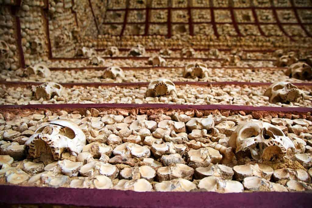 Capela dos Ossos-visit-evora-portugal