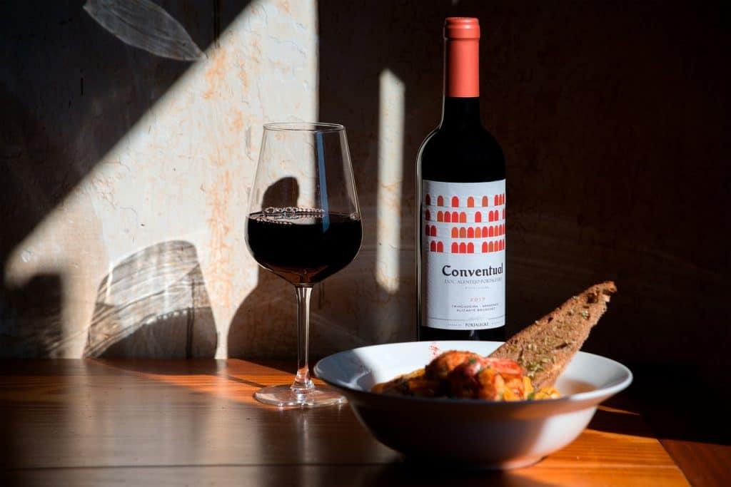 alentejo-wine-evora-portugal